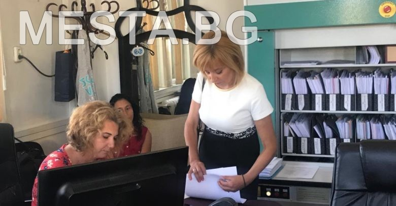 Мая Манолова оставка